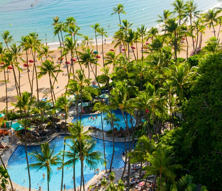 Special Government offer with dining credit at Hilton Hawaiian Village